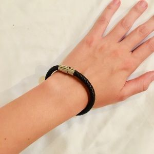 Dark brown leather bracelet with magnetic clasp